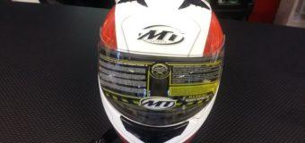 MT Helm Rot-Weiss
